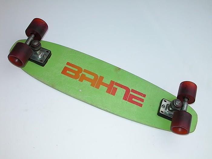 bahne700